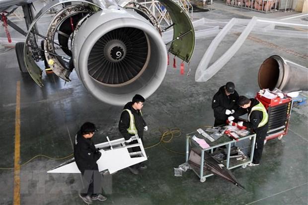 Hang san xuat may bay Airbus bi tan cong mang hang loat hinh anh 1