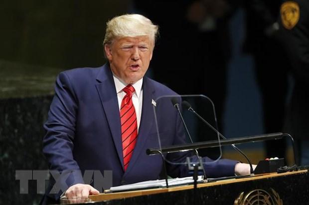 Nguoi to cao ong Trump trong vu Ukraine la mot sy quan CIA hinh anh 1