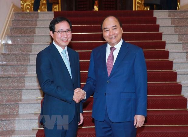 Thu tuong Nguyen Xuan Phuc tiep Tong Giam doc To hop Samsung Viet Nam hinh anh 1