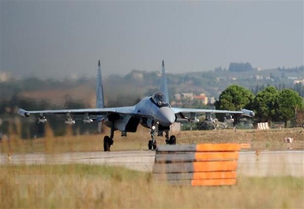 My trien khai may bay B-52 bay qua gan can cu cua Nga o Syria hinh anh 1