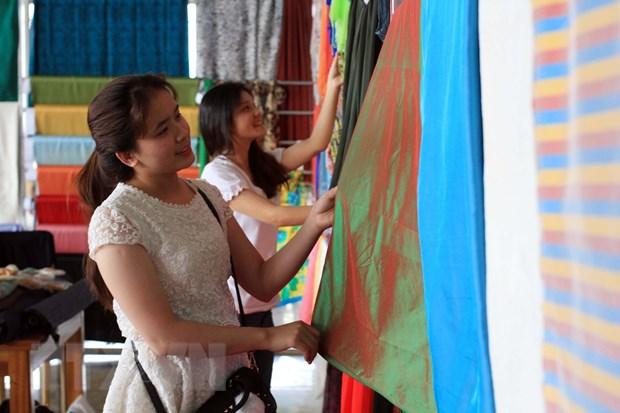 Festival hoa Da Lat 2019: 'Lung linh dem hoi B'lao' hinh anh 1