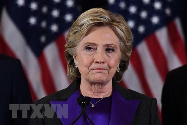 Ba Hillary Clinton cam ket danh bai Tong thong Donald Trump hinh anh 1
