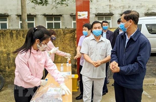 Dich COVID-19: Hai Phong chay thu may xet nghiem dich hinh anh 1