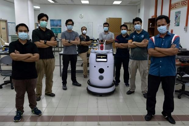 Robot Medibot ho tro cuoc chien chong COVID-19 tai Malaysia hinh anh 1