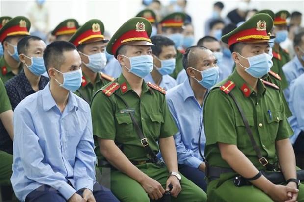 Xu vu Dong Tam: Vien Kiem sat doi toi danh truy to doi voi 19 bi cao hinh anh 1