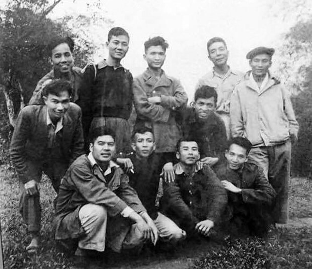 Nha tho Nguyen Xuan Sanh - mot nha tho lon, mot dich gia tai hoa hinh anh 2