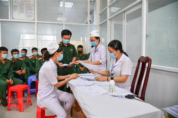 Ghi nhan 1 ca mac COVID-19 moi, them 2.506 nguoi duoc tiem vaccine hinh anh 1