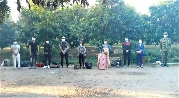 Quang Ninh, An Giang, Dien Bien xu ly cac vu nhap canh trai phep hinh anh 2