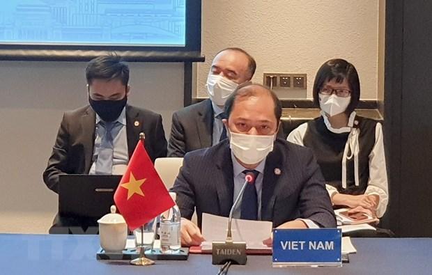 ASEAN-Trung Quoc ban ve Tuyen bo ve ung xu cua cac ben o Bien Dong hinh anh 1