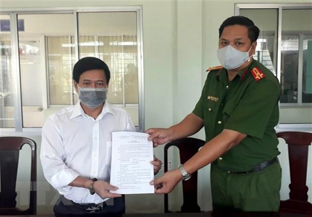 Soc Trang xu phat mot luong y co bai thuoc tri COVID-19 sai su that hinh anh 1