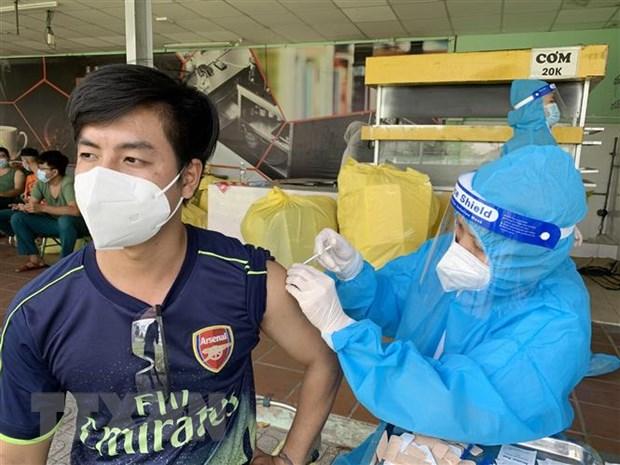 Thanh pho Ho Chi Minh to chuc 1.200 doi tiem vaccine phong COVID-19 hinh anh 1