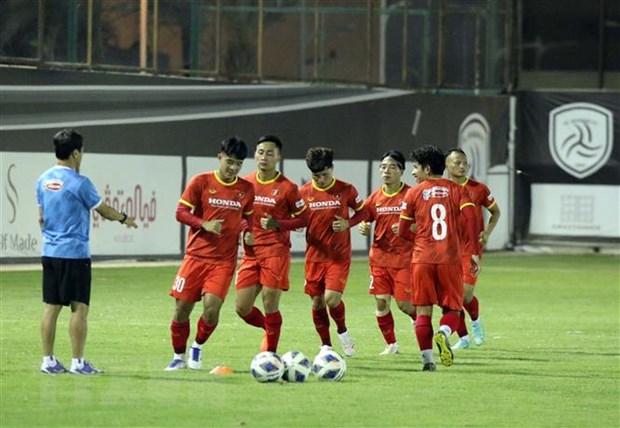 Vong loai cuoi World Cup 2022: Kho khan chong chat voi tuyen Viet Nam hinh anh 1