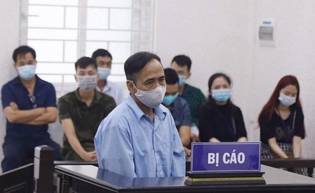 Ha Noi: Nguyen Pho Chu tich HDND phuong My Dinh 2 bi phat 12 nam tu hinh anh 1