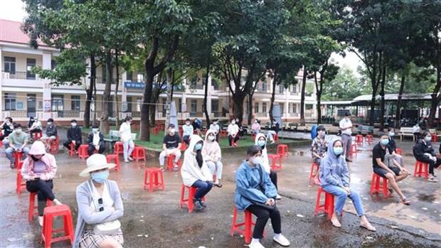 Hau Giang day nhanh tien do tiem chung vaccine COVID-19 cho nguoi dan hinh anh 1