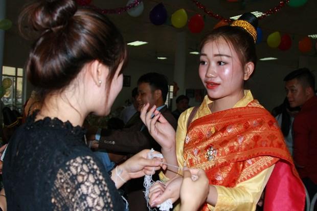 Luu hoc sinh Lao va nhung dieu 'chi o Viet Nam moi co' hinh anh 9