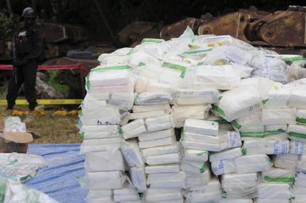 Colombia tich thu hon 5 tan cocaine dang tren duong toiTrung My hinh anh 1