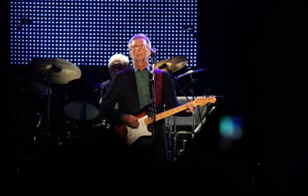 Eric Clapton chay het minh trong ngay ky niem sinh nhat tuoi 70 hinh anh 1