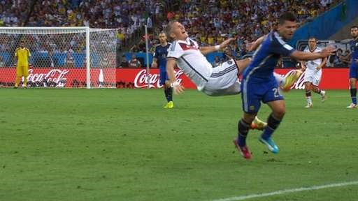 Duc-Argentina 1-0: Goetze dua tuyen Duc len dinh the gioi hinh anh 14