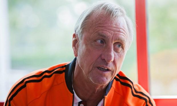 Huyen thoai Johan Cruyff trut hoi tho cuoi cung o tuoi 68 hinh anh 1