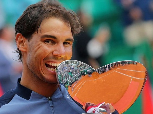 Ha Monfils, Rafael Nadal lan thu 9 dang quang tai Monte Carlo hinh anh 1