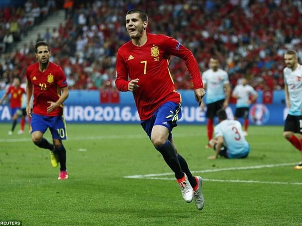 Alvaro Morata lap cu dup dua Tay Ban Nha thang tien vong 1/8 hinh anh 1