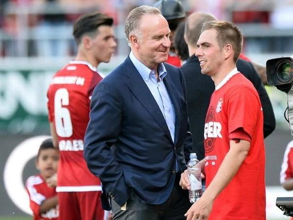 Lahm se la giam doc the thao Bayern khi ket thuc su nghiep hinh anh 1