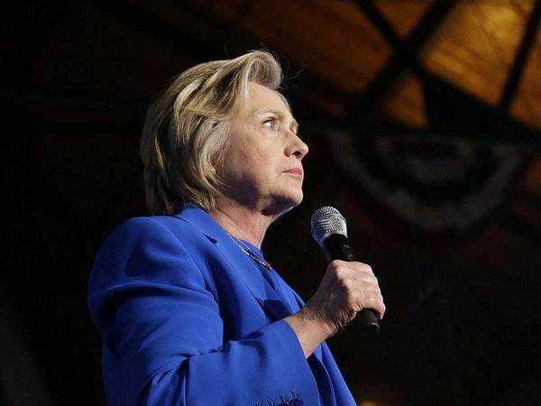 Ba Hillary Clinton se tao dieu kien cho cac doanh nghiep nho hinh anh 1