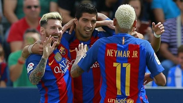 Luis Enrique roi Nou Camp vao cuoi mua: Dieu gi cho don Barca? hinh anh 2