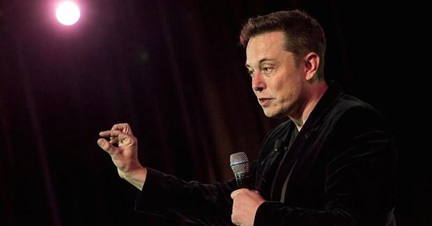 8 cuon sach co vai tro quan trong giup Elon Musk thanh cong hinh anh 1