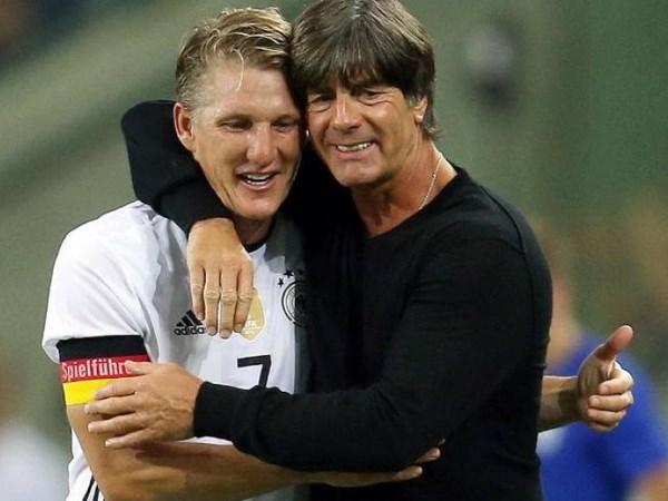 Low trach Mourinho sau quyet dinh roi M.U cua Schweinsteiger hinh anh 1