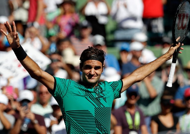 Ha guc Del Potro, Roger Federer thang tien vong 4 Miami Open hinh anh 1
