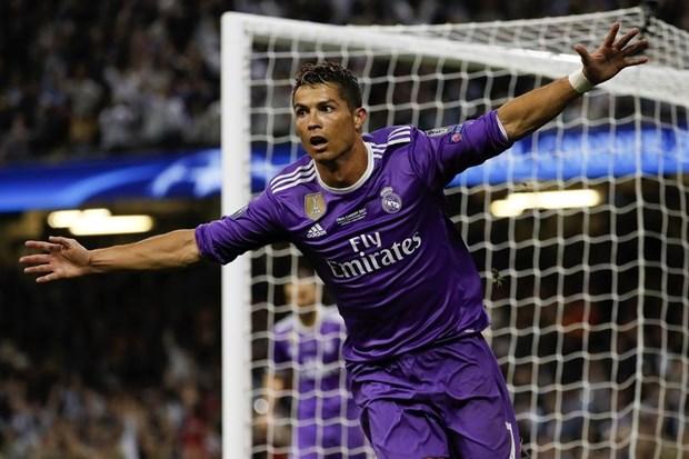 Chuyen nhuong 4/7: M.U co them 2 tai nang, Ronaldo chot tuong lai hinh anh 3