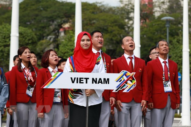 SEA Games 29: Quoc ky Viet Nam tung bay trong Le thuong co hinh anh 2
