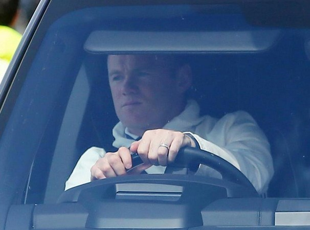 Rooney bi bat va phai hau toa vi lai xe trong tinh trang say ruou hinh anh 1