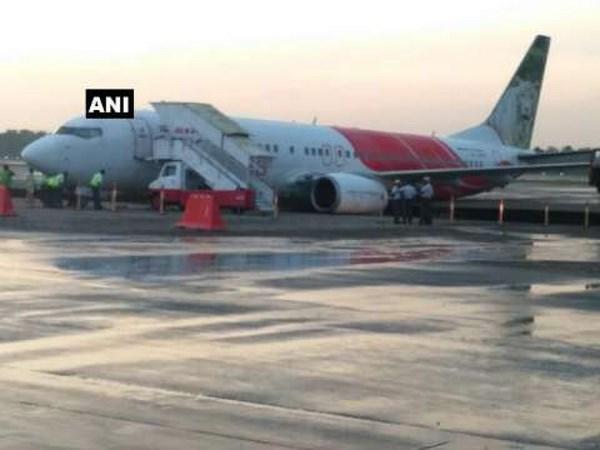 May bay cua hang Air India gap phai su co hy huu sau khi ha canh hinh anh 1