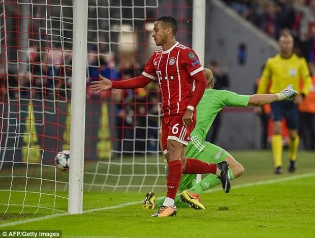 Joshua Kimmich toa sang, Bayern Munich ha guc Anderlecht hinh anh 3