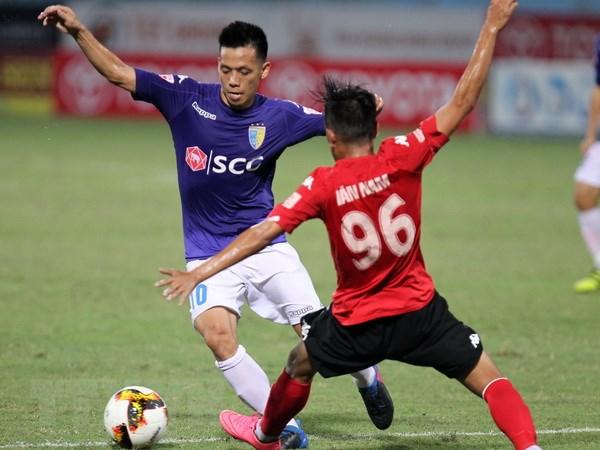 Vong 20 V-League: Quang Nam lo ngoi dau bang, HAGL thua dam hinh anh 1