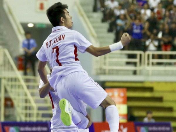Tuyen Futsal Viet Nam thang kich tinh truoc doi tuyen Indonesia hinh anh 1