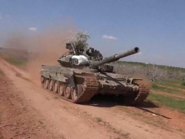 Nga chuyen giao nhieu xe tang hien dai cho quan doi Syria hinh anh 1