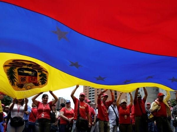 Venezuela bac bo nhung thong tin khong dung su that ve dong Petro hinh anh 1