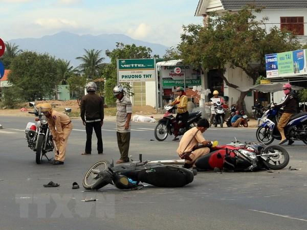 Quang Ninh: Tai nan giao thong nghiem trong, 10 nguoi thuong vong hinh anh 1