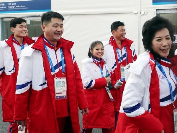 VDV Trieu Tien tu choi nhan Galaxy Note 8 o Olympic PyeongChang hinh anh 1