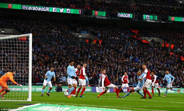 Vui dap Arsenal, Manchester City vo dich Cup Lien doan Anh hinh anh 4