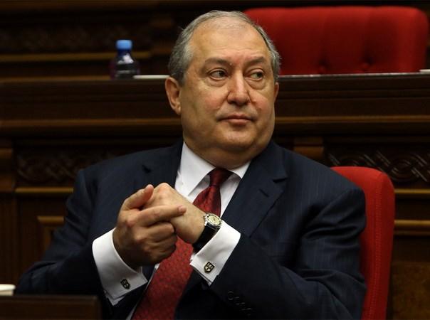 Ong Armen Sarkissian da duoc bau lam tong thong Armenia hinh anh 1