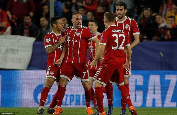 Bayern nguoc dong ha Sevilla tai 'chao lua' Ramon Sanchez Pizjuan hinh anh 1
