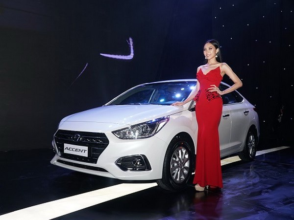 Hyundai Thanh Cong ra mat mau Accent 2018 gia tu 425 trieu dong hinh anh 1