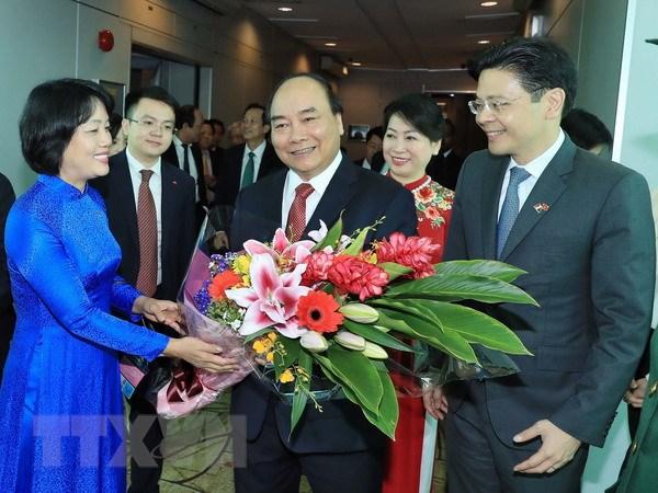 Thu tuong Nguyen Xuan Phuc bat dau tham chinh thuc Singapore hinh anh 1