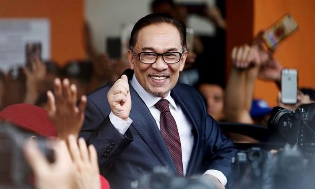 Cuu Pho Thu tuong Malaysia Anwar Ibrahim duoc tra tu do hinh anh 1