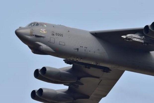 My chuyen huong may bay nem bom B-52 khoi Ban dao Trieu Tien hinh anh 1