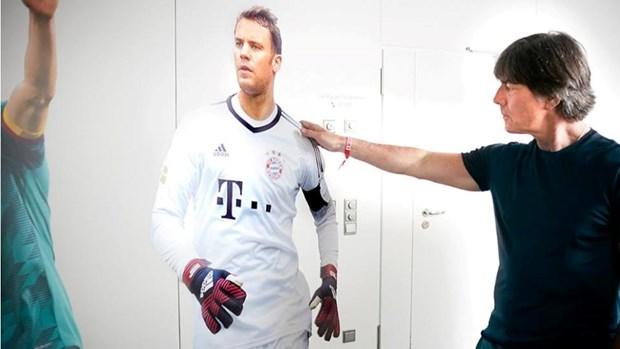 HLV Loew noi gi ve quyet dinh loai Goetze, ve Neuer va Mueller? hinh anh 3